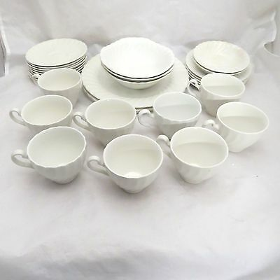 Lot of 32 Johnson Brothers Ironstone White Swirl Cup Saucer Dinner Plate Bowl