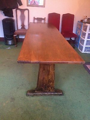 Large Oak Dining Table will seat 8 / 10 / 12