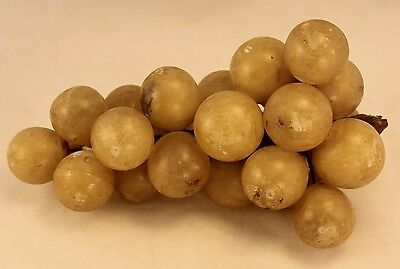 """Vintage Italian Alabaster Lg Stone Fruit Cluster of White Grapes - 7½"""" - 2¼ Lbs"""