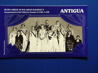 Antigua - Silver Jubilee Commemorative Booklet - $8 Mnh + Two Minisheets: 2 X $5