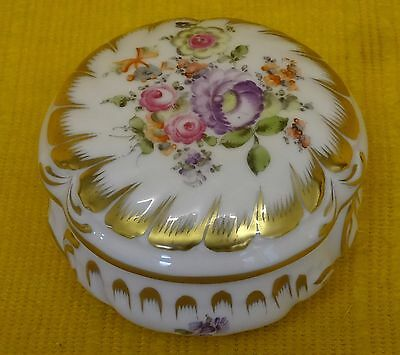Fine HEREND Hand Painted Floral BOX & Cover #6035, Signed?