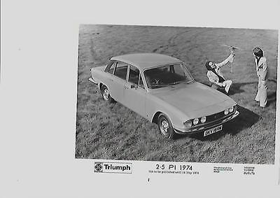 Triumph 2.5  Pi  Press Photo For May 1974 'brochure Connected'