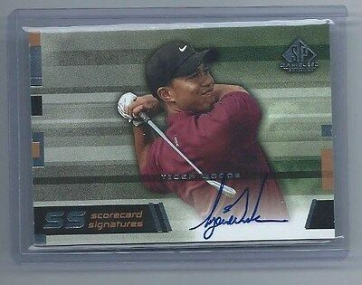 2003 UD Game Used Signature Scorecard On Card Red Shirt Auto Tiger Woods TW-11