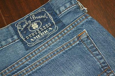 6672 Mens Lucky Brand Classic Straight Denim Blue Jeans Size 38 x 32