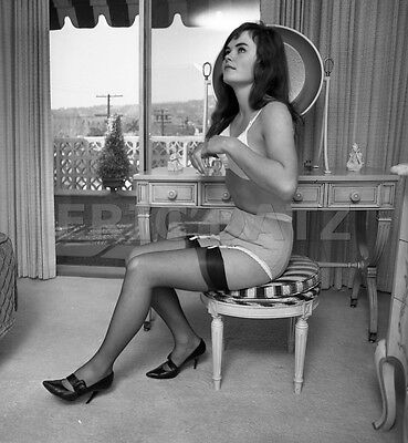 1960's Vogel Negative, gorgeous pin-up girl Althea Daglish, nice legs, t972616