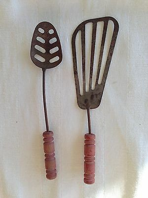 "2 VTG ANTIQUE TIN RED WOOD HANDLED KITCHEN TOOLS CHILDS FARMHOUSE 5"" 1930s Toy"