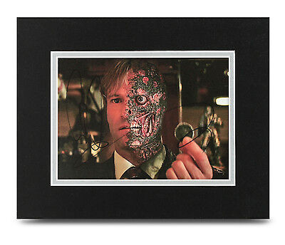 Aaron Eckhart Signed 10x8 Photo Display Batman Autograph Memorabilia COA