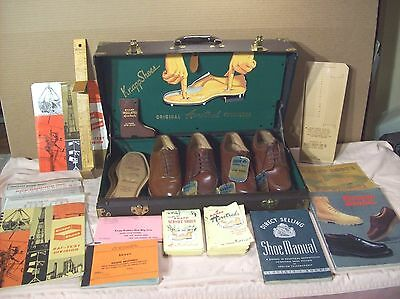 1950's~KNAPP SHOES~SALESMAN SUITCASE ADVERTISING DISPLAY SAMPLES w/MANY EXTRAS~