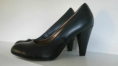 Womens Size 7.5 Black Leather Round Pumps High Heels Shoes Dress Holiday Ladies