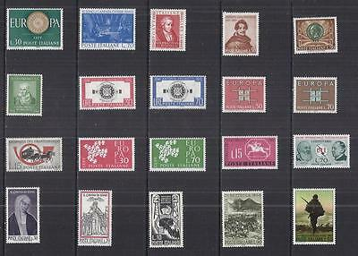 y830 Italy /  A Small Collection Early & Modern Umm Lhm