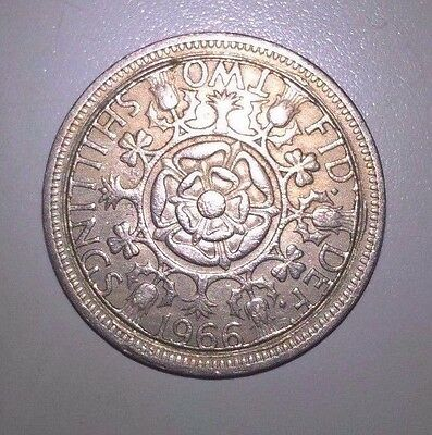 GB  1966 Two shilling Coin  Fake / Error / Forgery?