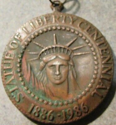 1986 Statue of Liberty Centennial The Commemorative Mint Providence RI Token Fob