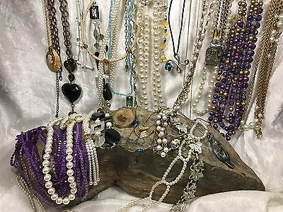 25 Vintage Necklaces NECKLACE LOT Sarah Coventry AVON Mixed PEARL Jointed Mix