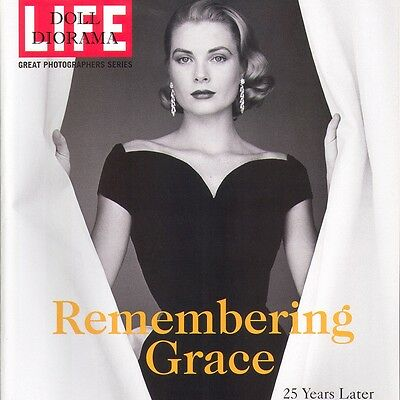 Diorama 1:6 Scale Life Magazine Grace Kelly Special For Barbie...Fashion Royalty