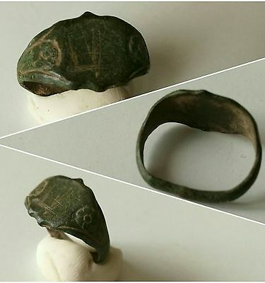 Beautiful post Medieval floral design copper/ bronze Ring, metal detecting find