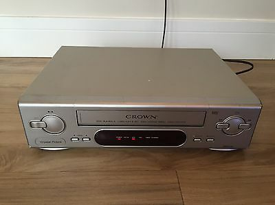 Crown VHS VCR Video Player Cassette Tape Recorder NTSC PLAYBACK ON PAL