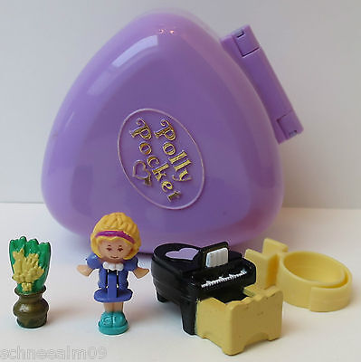 Mini Polly Pocket Perfect Piano Recital and Ring Case Flower Vase 1991