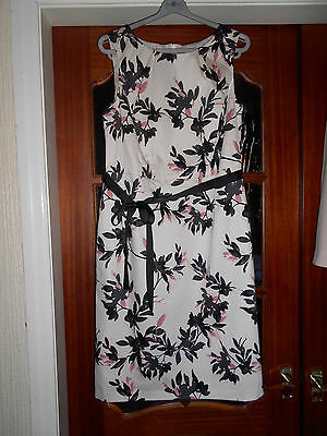 Ladies pale pink patterned dress (BHS)  - Size 14