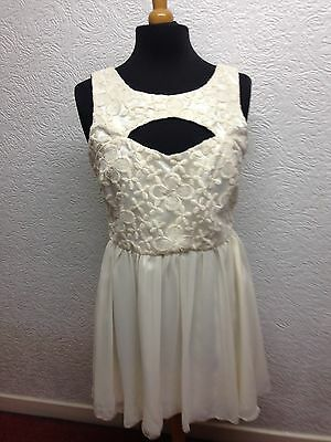 Gorgeous Lace top dress,Size 14,Wedding,races,party,on trend ,BNWT,