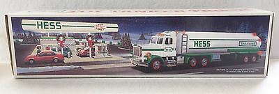 """NEW....1990 HESS TOY TRUCK -""""TANKER TRUCK"""" - LIGHTS and SOUNDS"""