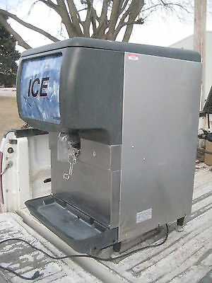 Scotsman ID150B countertop ice dispenser machine