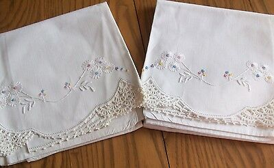 Set Of Vintage Pillowcases ~ Hand Embroidery & Crochet ~ Dainty Floral Daisies
