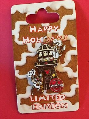 Disney WDW Holiday Gingerbread House Series 2010 Chip Dale Yacht Club Pin NOC