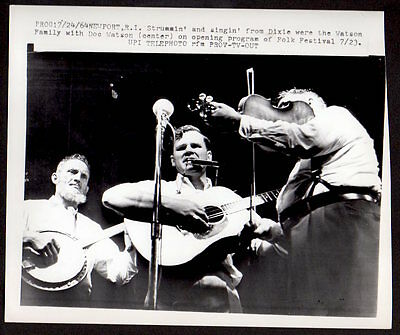 DOC WATSON '64 Newport Folk Festival GUITAR BANJO Vintage Photo BLUEGRASS SINGER