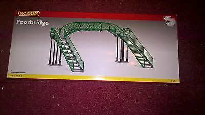 Hornby 00 Gauge R076 Footbridge New and Unused in Box