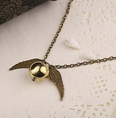 AMAZING Harry Potter Golden Snitch Necklace with Luxury Velvet Bag