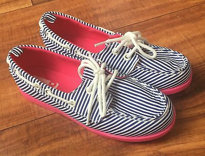 Crazy 8 Girls Striped Blue/White Boat Shoes Sneakers Size 1 NWOT