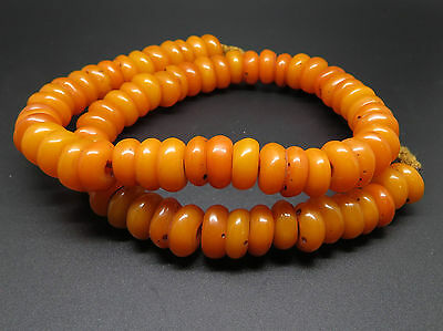 String of Old Amber / Copal Natural Resin Beads Tibet AC27