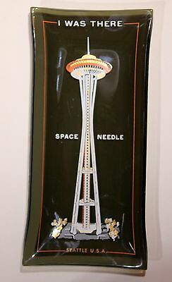 """Houze Black Glass """"I WAS THERE SPACE NEEDLE SEATTLE"""" Trinket Dish/Tray 1960s"""
