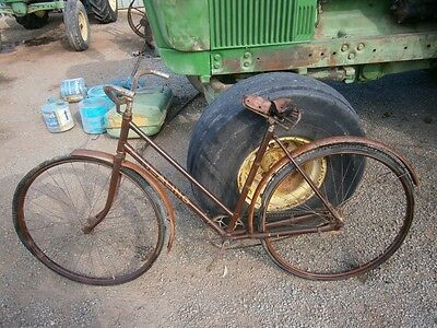 Vintage Healing Ladies Bike, Bicycle, Push Bike, May Suit Malvern Star Collector