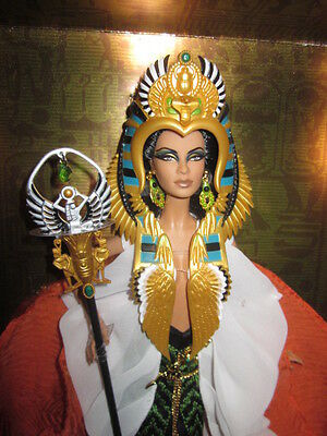 Gold Label Cleopatra With Those Exotic Eyes Nrfb!!!!!!!!
