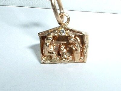 VINTAGE 14k YELLOW GOLD CHRISTMAS NATIVITY CHARM