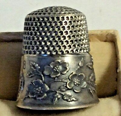 Antique Sewing Sterling Silver Ketcham Mcdougall Blossom Design Thimble .