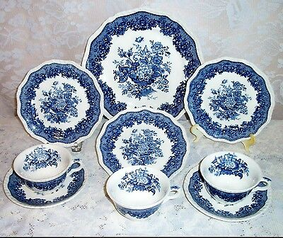 """Vintage Lot Of 9 Mason's Patent Ironstone """"Ascot"""" Blue Floral Urn Pattern Dishes"""