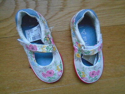 Brand New Next Little Girls Canvas Beaded Shoes Size 6 Infant Girls