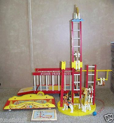 Vintage Fisher Price #900 Big Performing Circus Wooden Pull Toy Made  in U.S.A.