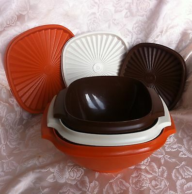 Set of 3 Vintage/Retro TUPPERWARE Servalier Bowls / Storage Containers with lids