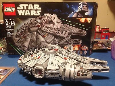 Lego Star Wars Millennium Falcon 7965 100% Complete With Box And Instructions
