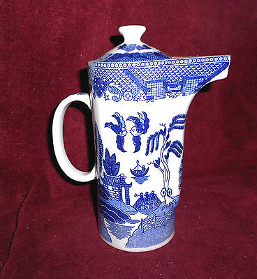 Blue Willow Pattern Juice or Water Pitcher/Teapot--new-SALE