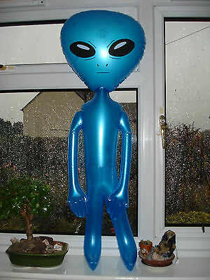 New Star Force 3 Ft. Tall Inflatable Space Alien Extra-Terrestrial (E.t.)