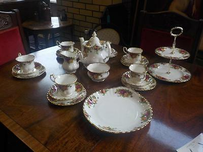Royal Albert Old Country Roses Tea set 23 Piece Tea set Bone China