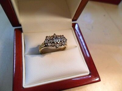 18ct Gold Diamond Ring. Size K/J. Good Condition