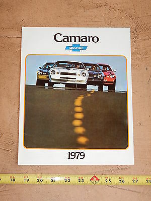 ORIGINAL 1979 CHEVROLET CAMARO AUTOMOBILE DEALER SALES BROCHURE (lot 243)