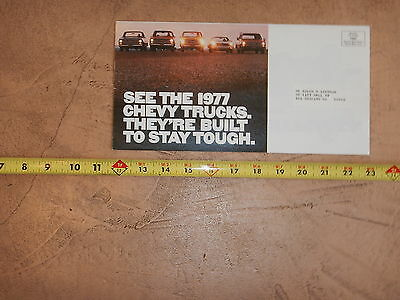 ORIGINAL 1977 CHEVROLET TRUCK AUTOMOBILE DEALER SALES BROCHURE (lot 304)