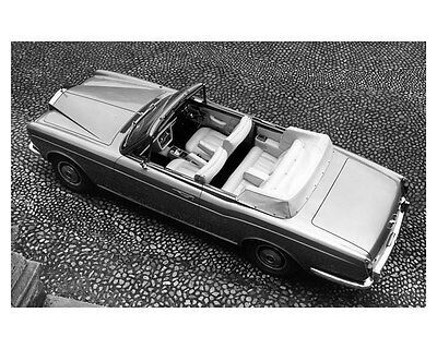 1975 Rolls Royce Corniche Convertible ORIGINAL Factory Photo ouc2904