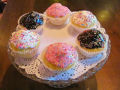 Fake Artificial Mini Iced Bite Size Fairy Cakes Tv Theatre Prop 44